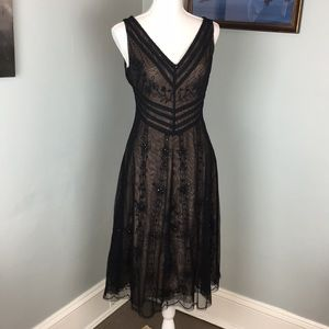 BCBG Maxazria embroidered evening dress size 6